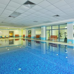 Prestige Hotel and Aquapark Золотые пески бассейн
