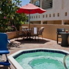 Отель Courtyard Los Angeles Century City Beverly Hills бассейн фото 3