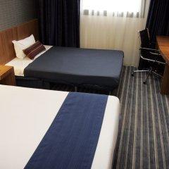 Отель Holiday Inn Express Bilbao Испания, Дерио - отзывы, цены и фото номеров - забронировать отель Holiday Inn Express Bilbao онлайн удобства в номере