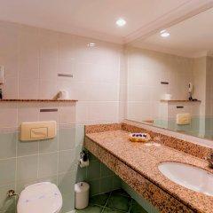 Отель Holiday Park Resort Окурджалар ванная фото 2