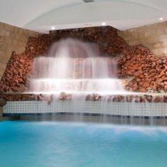 Отель Art Palace Suites & Spa - Châteaux & Hôtels Collection бассейн