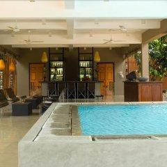 Отель Thilanka Resort and Spa бассейн фото 2