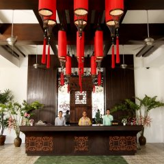 Отель The Old Phuket - Karon Beach Resort гостиничный бар