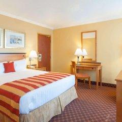 Отель Howard Johnson Hotel by Wyndham Vancouver Downtown Канада, Ванкувер - отзывы, цены и фото номеров - забронировать отель Howard Johnson Hotel by Wyndham Vancouver Downtown онлайн комната для гостей фото 4