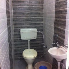 Hotel Bajrang ванная фото 2