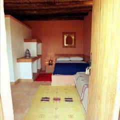 Отель Riad Les Flamants Roses Марокко, Мерзуга - отзывы, цены и фото номеров - забронировать отель Riad Les Flamants Roses онлайн комната для гостей фото 3
