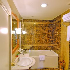 Aspen Hotel - Special Class Турция, Анталья - 2 отзыва об отеле, цены и фото номеров - забронировать отель Aspen Hotel - Special Class онлайн ванная фото 2