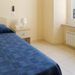 Отель Pensione Piemonte Италия, Лорето - отзывы, цены и фото номеров - забронировать отель Pensione Piemonte онлайн комната для гостей фото 3