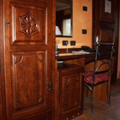 Отель Lo Teisson Bed And Breakfast Поллейн удобства в номере фото 2