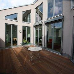 Апартаменты Berlin Base Apartments - KREUZBERG балкон