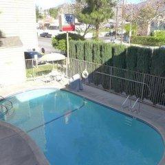 Отель Good Nite Inn Sylmar США, Лос-Анджелес - отзывы, цены и фото номеров - забронировать отель Good Nite Inn Sylmar онлайн бассейн фото 3