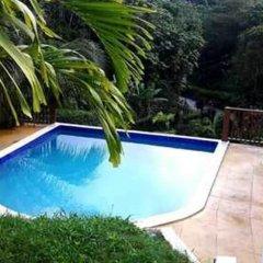 The blue Lagoon Hostel & Private Rooms бассейн фото 3