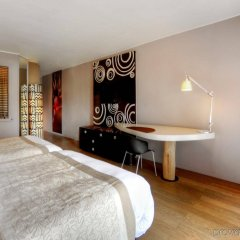 Отель Tahiti Ia Ora Beach Resort - Managed by Sofitel комната для гостей