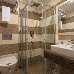 Xperia Saray Beach Hotel Турция, Аланья - 10 отзывов об отеле, цены и фото номеров - забронировать отель Xperia Saray Beach Hotel - All Inclusive онлайн ванная фото 3