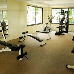 Отель Sea Breeze Jomtien Resort фитнесс-зал