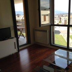Отель WIFI Pirineo Suites Formigal Ordesa Испания, Сабиньяниго - отзывы, цены и фото номеров - забронировать отель WIFI Pirineo Suites Formigal Ordesa онлайн комната для гостей фото 4
