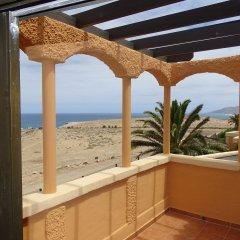 Отель La Pared powered by Playitas Испания, Ла-Паред - отзывы, цены и фото номеров - забронировать отель La Pared powered by Playitas онлайн балкон