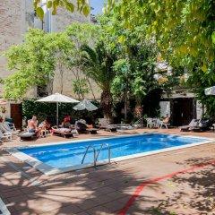 Отель Galeón бассейн