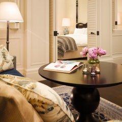 Отель Raffles Singapore удобства в номере фото 3