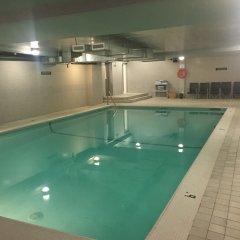 Отель Century Plaza Hotel & Spa Канада, Ванкувер - отзывы, цены и фото номеров - забронировать отель Century Plaza Hotel & Spa онлайн бассейн фото 2
