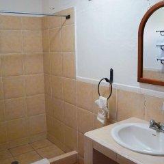 Отель Don Udos Гондурас, Копан-Руинас - отзывы, цены и фото номеров - забронировать отель Don Udos онлайн ванная фото 2
