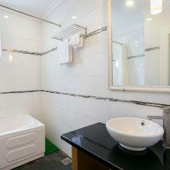 Отель Yuri SaiGon Service Aparment ванная фото 2