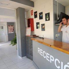 Отель Apartaments AR Monjardí Испания, Льорет-де-Мар - отзывы, цены и фото номеров - забронировать отель Apartaments AR Monjardí онлайн интерьер отеля