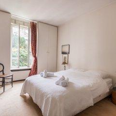 Отель Charming Townhouse Near Parc Montsouris Франция, Париж - отзывы, цены и фото номеров - забронировать отель Charming Townhouse Near Parc Montsouris онлайн комната для гостей фото 3