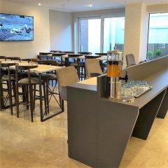 Flat Hotel Midi 33 гостиничный бар