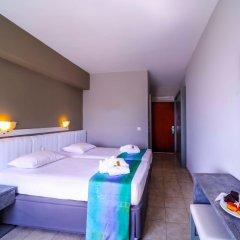 Lito Hotel сейф в номере