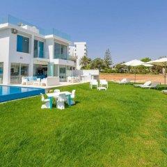 Отель Villa Mermaid Кипр, Протарас - отзывы, цены и фото номеров - забронировать отель Villa Mermaid онлайн приотельная территория