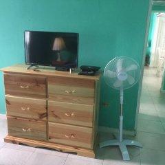 Отель Cool Breeze Beach Studio Ямайка, Монтего-Бей - отзывы, цены и фото номеров - забронировать отель Cool Breeze Beach Studio онлайн удобства в номере