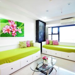 Отель Patong Tower 1.3 Patong Beach by PHR Таиланд, Патонг - отзывы, цены и фото номеров - забронировать отель Patong Tower 1.3 Patong Beach by PHR онлайн комната для гостей фото 3