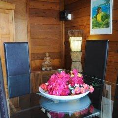 Отель Villa Maharepa Beach by Enjoy Villas Villa 3 балкон