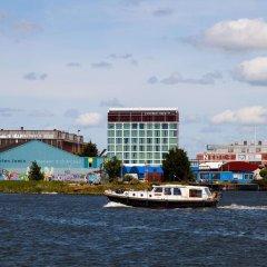 Отель DoubleTree by Hilton Hotel Amsterdam - NDSM Wharf Нидерланды, Амстердам - отзывы, цены и фото номеров - забронировать отель DoubleTree by Hilton Hotel Amsterdam - NDSM Wharf онлайн городской автобус