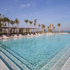 Отель Caesars Resort бассейн