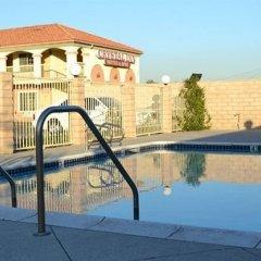 Отель Crystal Inn Suites & Spas бассейн фото 2