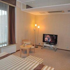 Гостиница Персона в Челябинске 2 отзыва об отеле, цены и фото номеров - забронировать гостиницу Персона онлайн Челябинск комната для гостей фото 2