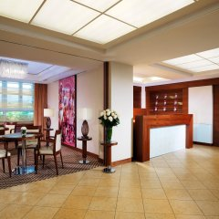 Sheraton Zürich Neues Schloss Hotel интерьер отеля