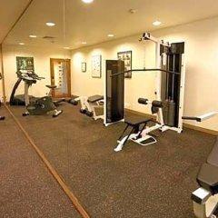 Отель Miramar Singapore фитнесс-зал фото 3