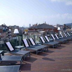 Отель Axel Hotel Barcelona & Urban Spa - Adults Only (Gay friendly) Испания, Барселона - 11 отзывов об отеле, цены и фото номеров - забронировать отель Axel Hotel Barcelona & Urban Spa - Adults Only (Gay friendly) онлайн бассейн фото 2