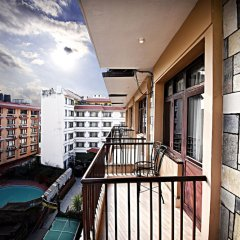 Отель Quay Apartments Thamel Непал, Катманду - отзывы, цены и фото номеров - забронировать отель Quay Apartments Thamel онлайн балкон
