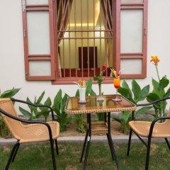 Отель Herbal Tea Homestay балкон