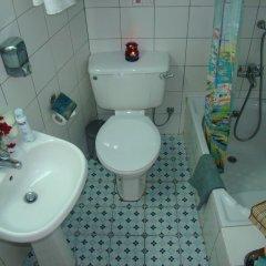 Kiniras Traditional Hotel & Restaurant ванная фото 2