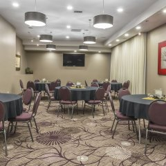 Отель Quality Inn and Suites фото 2