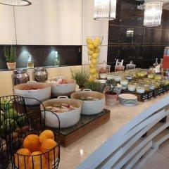 Отель JW Marriott Cannes Франция, Канны - 2 отзыва об отеле, цены и фото номеров - забронировать отель JW Marriott Cannes онлайн питание фото 3