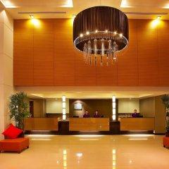 Отель Bangkok Cha-Da Hotel Таиланд, Бангкок - отзывы, цены и фото номеров - забронировать отель Bangkok Cha-Da Hotel онлайн интерьер отеля фото 2