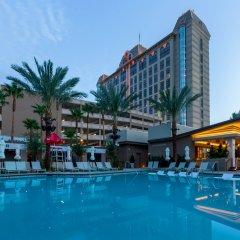 Отель Palace Station Hotel & Casino США, Лас-Вегас - 9 отзывов об отеле, цены и фото номеров - забронировать отель Palace Station Hotel & Casino онлайн бассейн фото 3