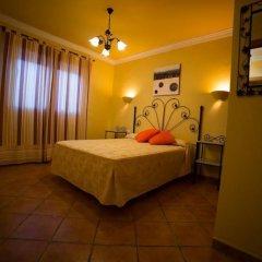 Отель Villa Rosal Испания, Кониль-де-ла-Фронтера - отзывы, цены и фото номеров - забронировать отель Villa Rosal онлайн комната для гостей фото 2