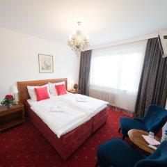 Отель Amadeus Pension комната для гостей